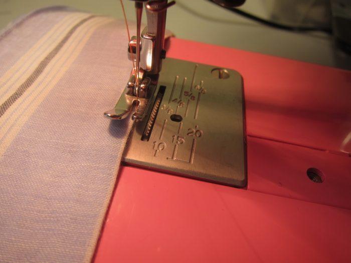 Singer Sewing Machine Straight Regular Foot  Low Shank