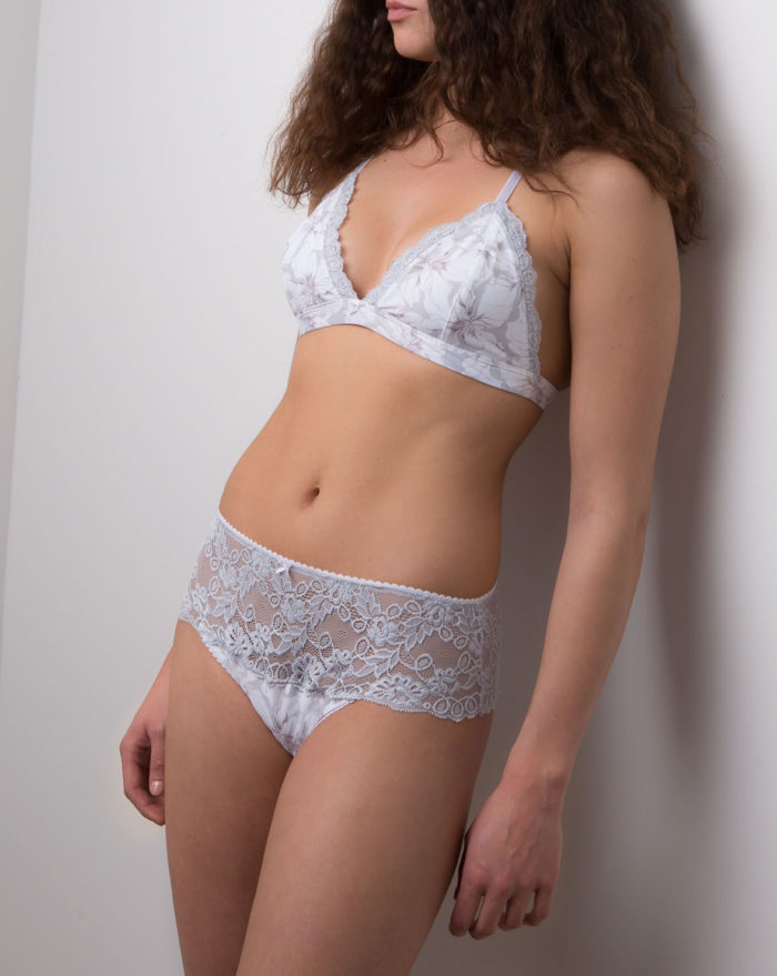Etoffe Malicieuse Promesse lingerie: bralette and panties