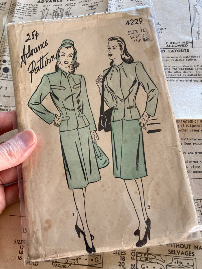 Vintage women's suit Advance pattern 4229