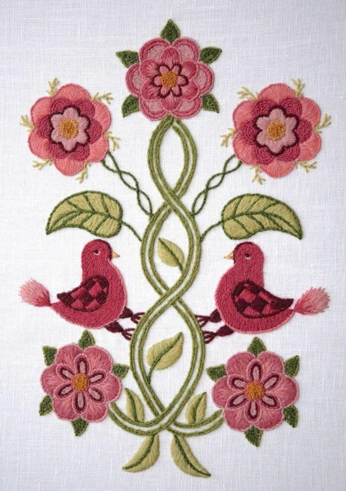 Embroidery online: Royal School of Needlework Winterthur Birds