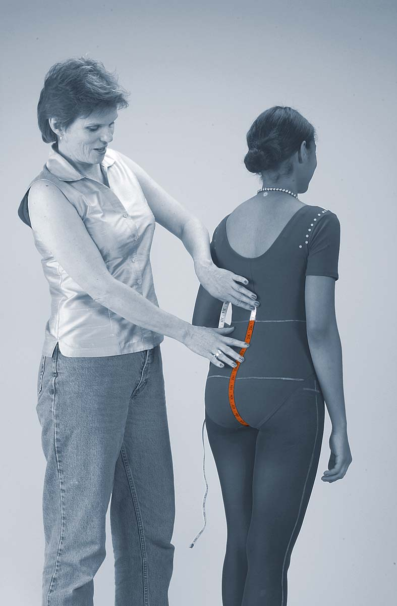 measuring the curves of the body