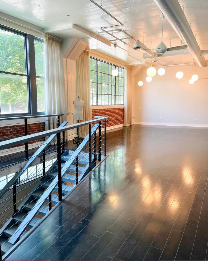 New brick and mortar fabric store in Atlanta