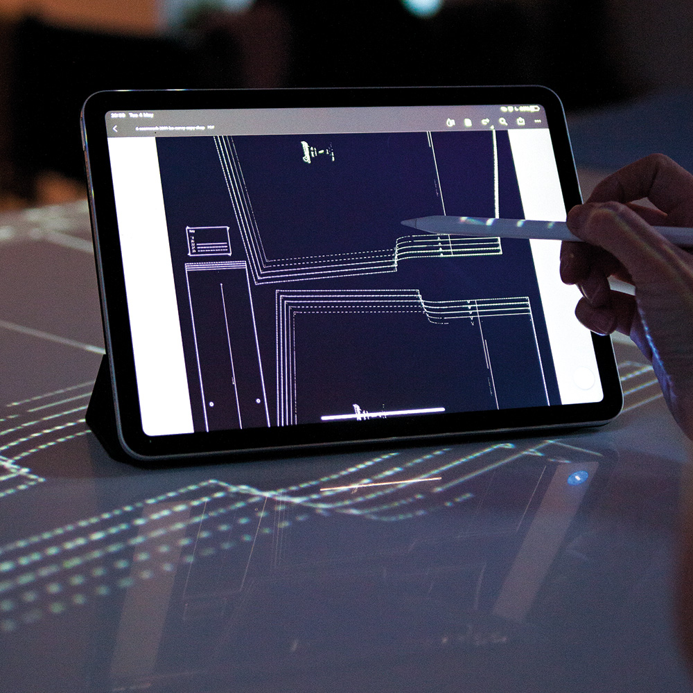 altering projected pattern on tablet
