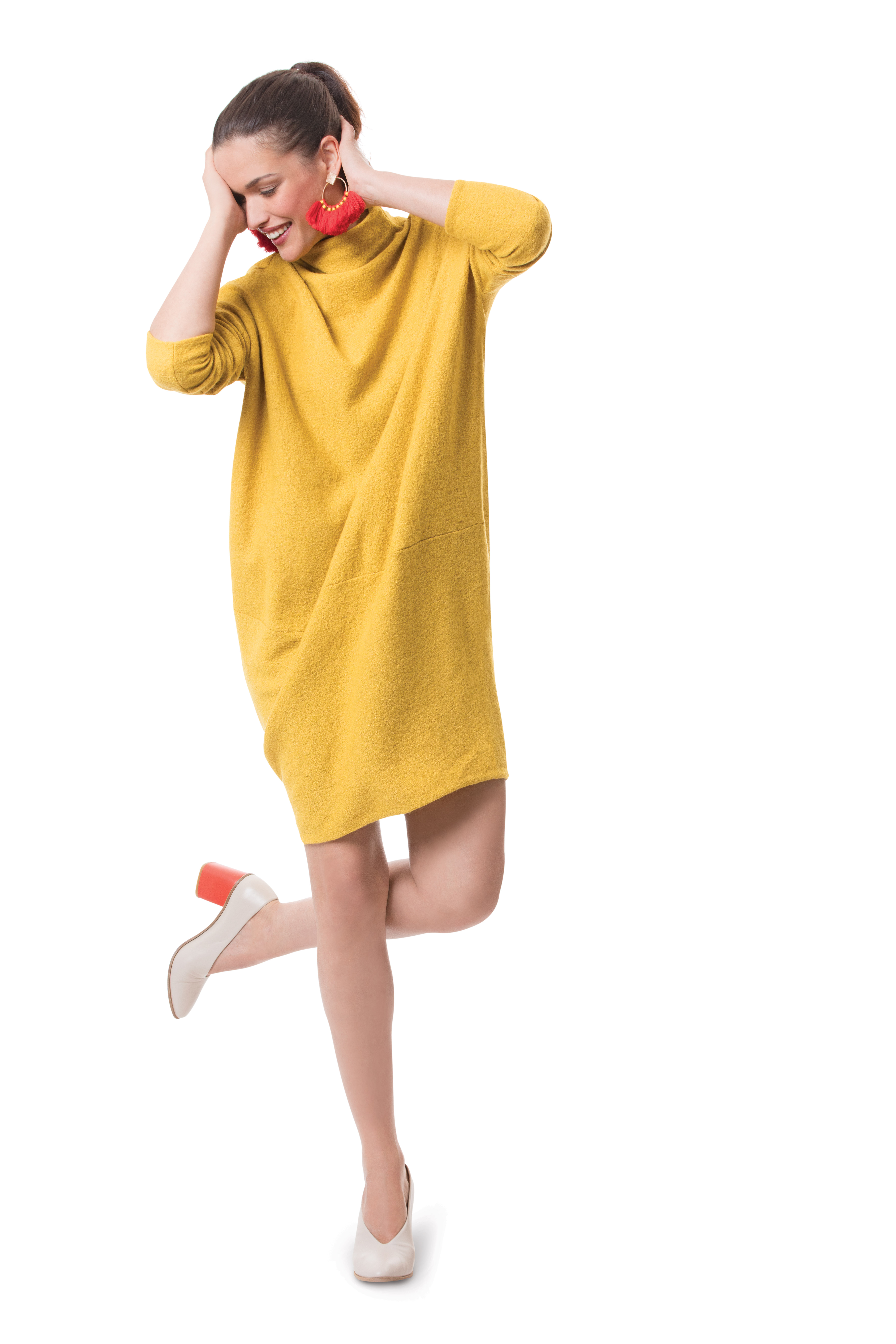 An oversized tunic dress makes comfortable, smart weekend wear a snap. This dress sews up fast, with no fitting required.