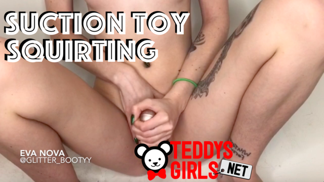 Suction Toy Squirting Thumbnail