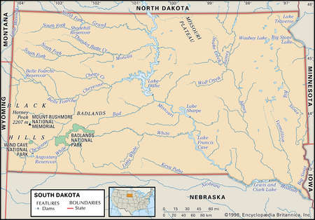 Physical map of South Dakota showing major national park, lakes and other features