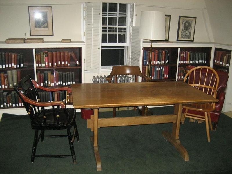 Salmon Library - UAH - The University of Alabama in Huntsville