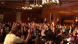 Flashmob in Annenberg Hall