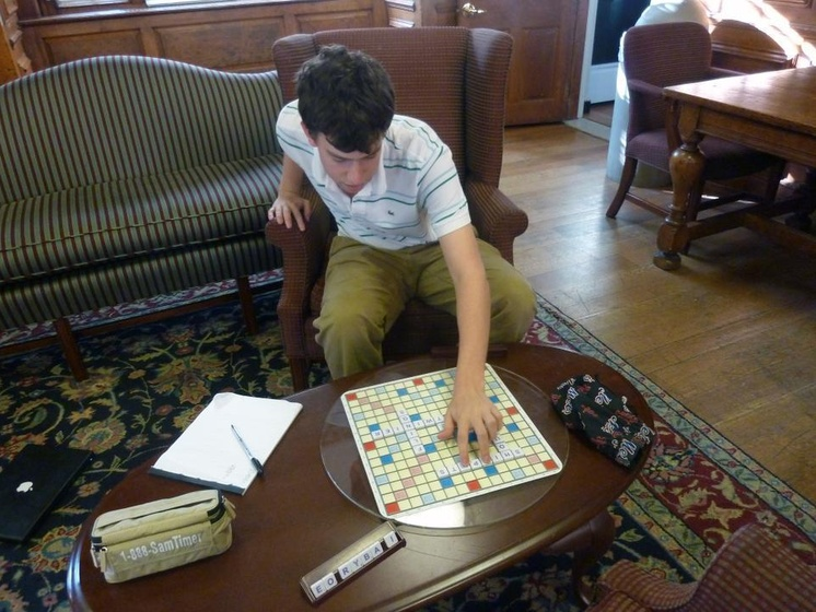 Enjoyable A Champion Down To Scrabble Magazine The Harvard Crimson Uwap Interior Chair Design Uwaporg