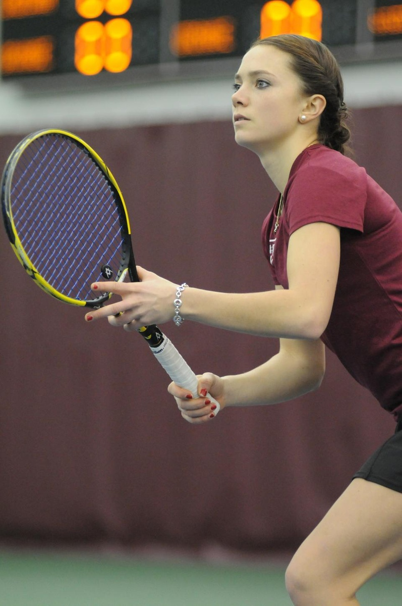 women's tennis ends losing skid with weekend wins | sports | the