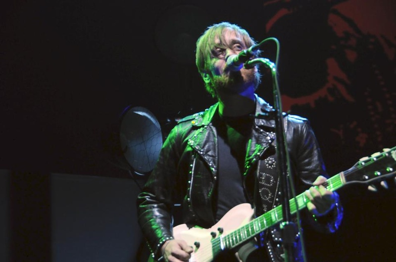 Black Keys Play The  Garden
