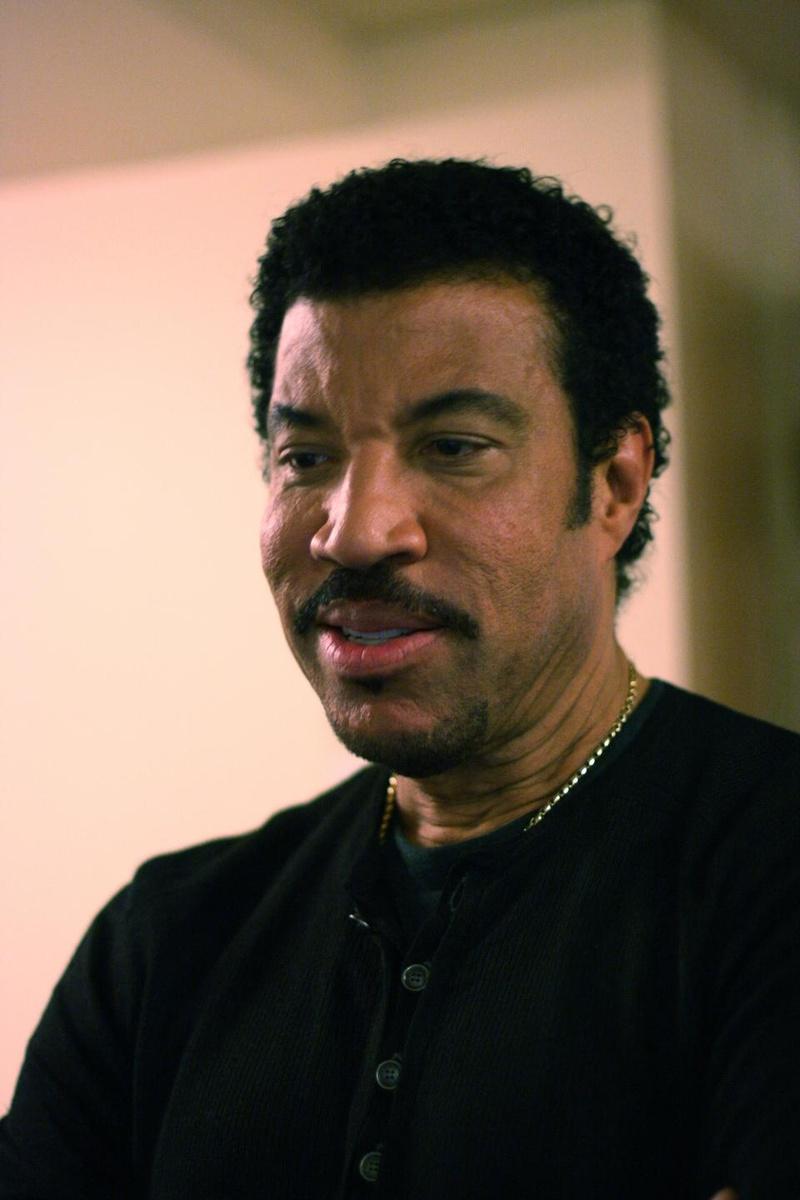Lionel Richie Visits KeyChange Vocalist