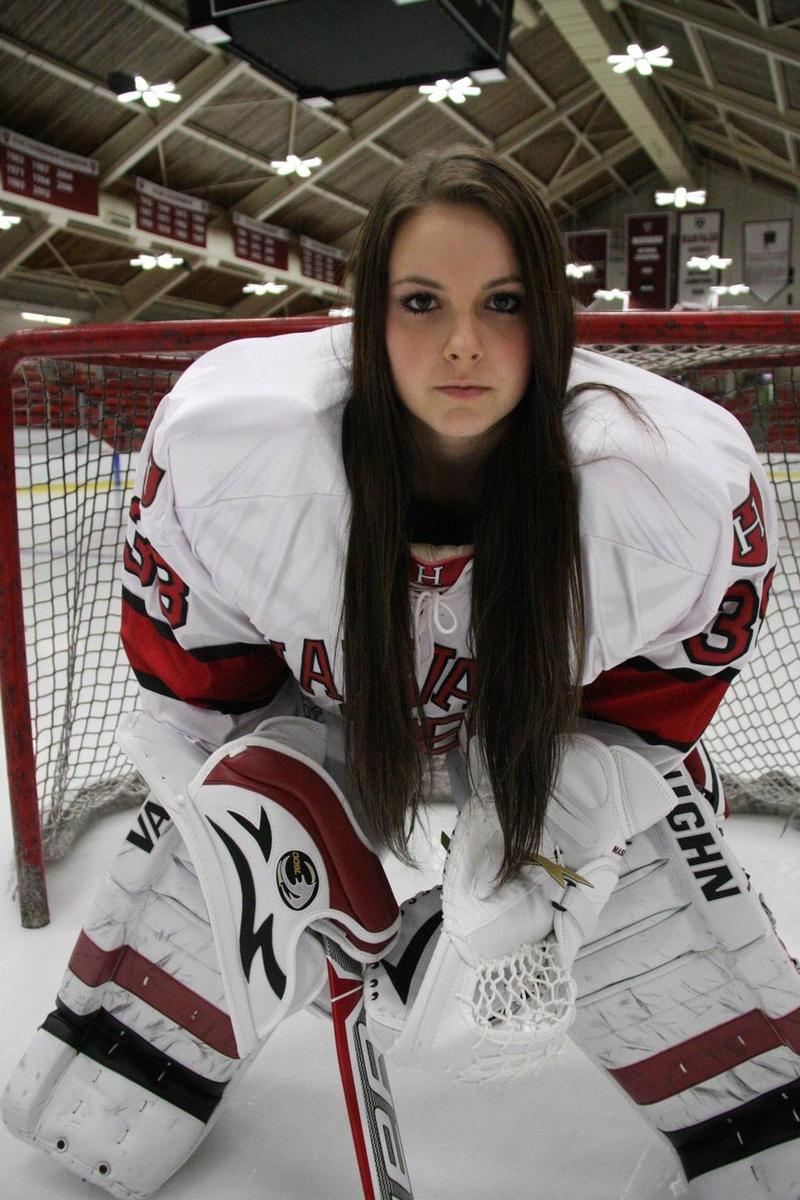 Bellamy Maschmeyer Impress In Net For Women S Hockey Sports The
