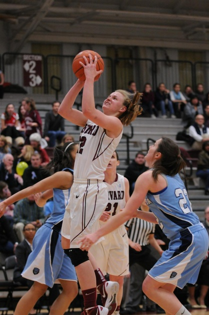 Women's Basketball Snaps Losing Streak, Routs UMass ...