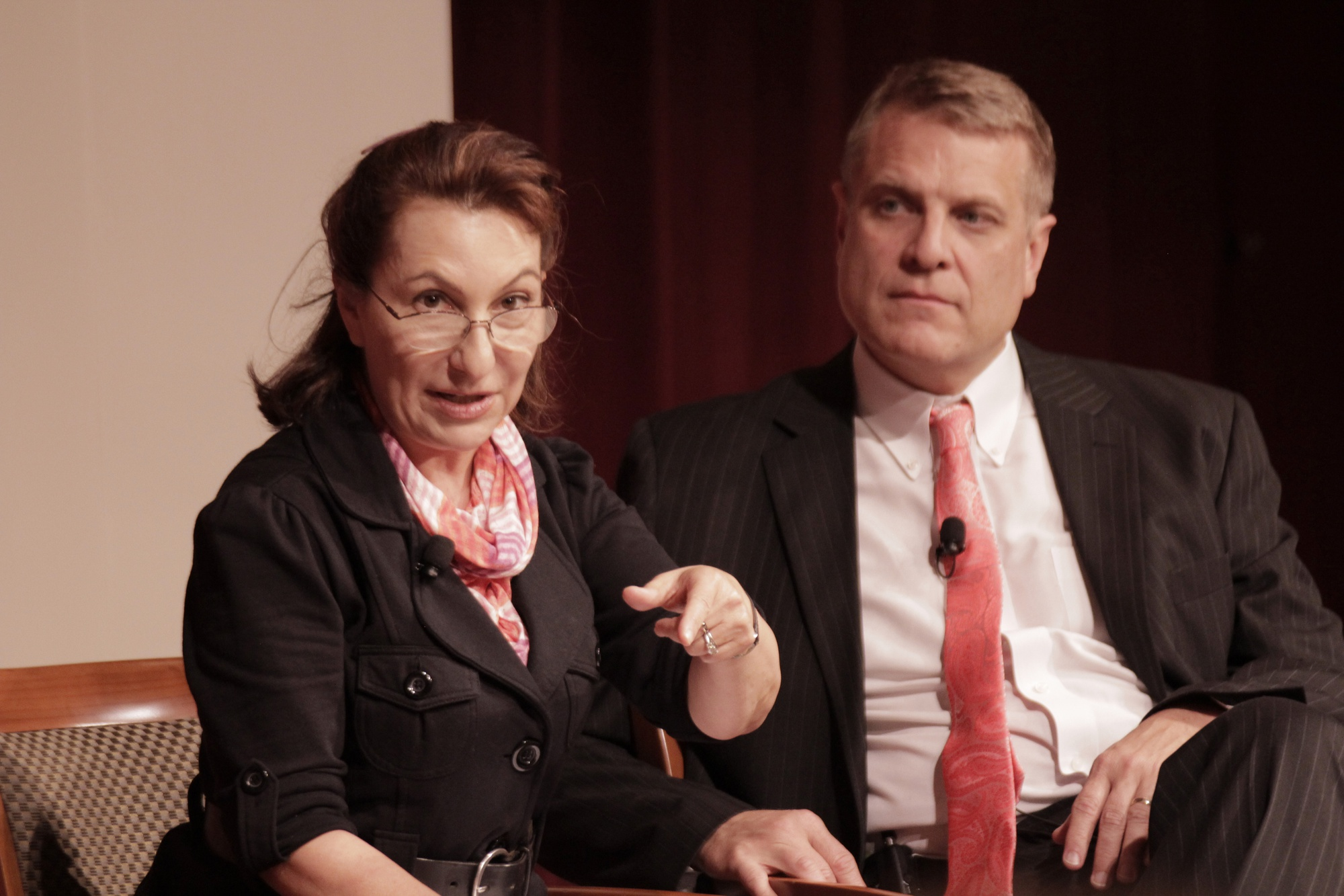 "Linda J. Bilmes '80 and David King speaking at the IOP JFK Jr. Forum's event, ""Government Shutdown"" at the Kennedy School of Government on Wednesday evening. Speakers debated possible reasons and solutions for the recent government halt."