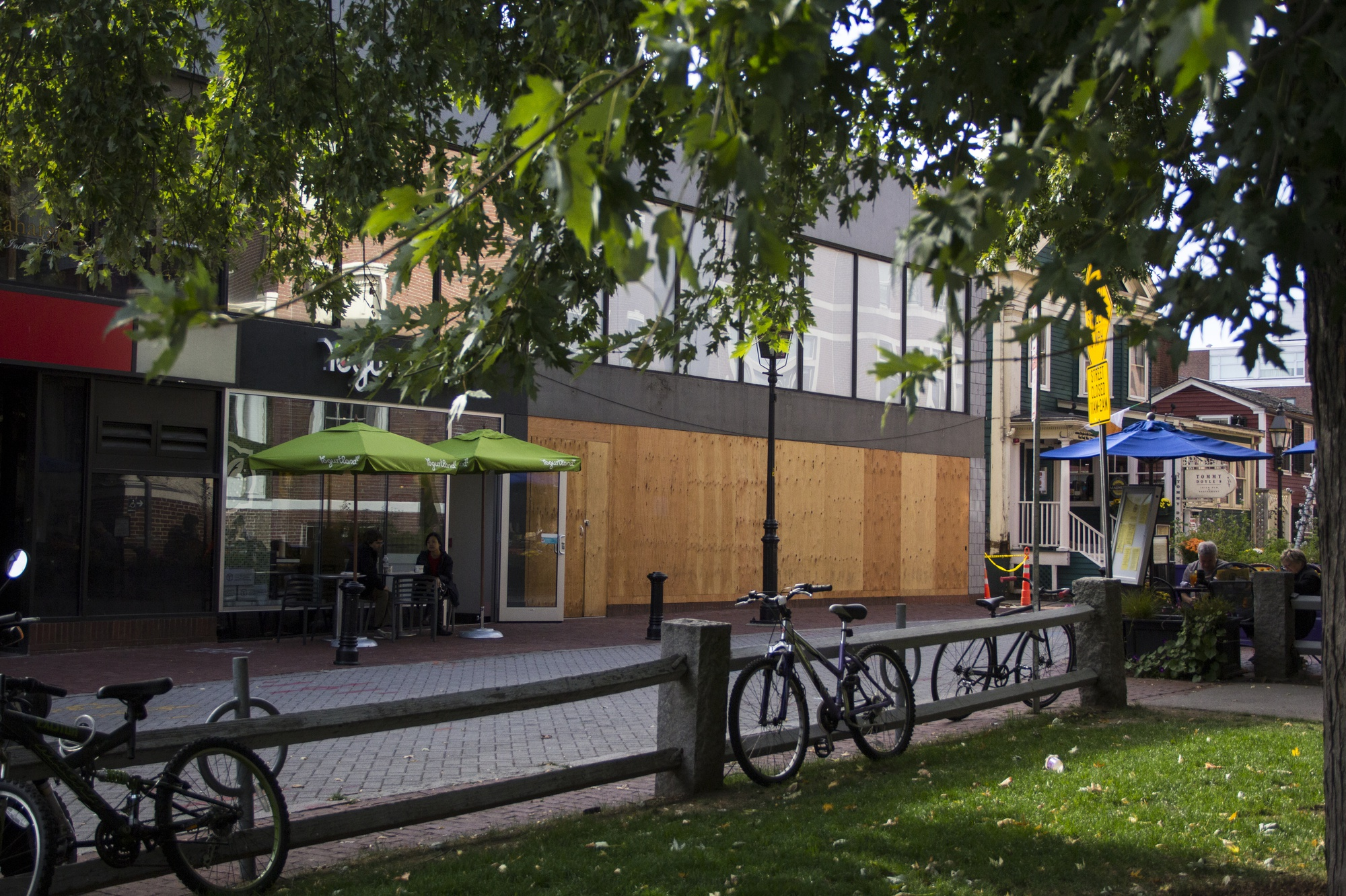 Shake Shack will likely open its Harvard Square branch in December. The fast-food burger restaurant will be located in Winthrop Square next to Yogurtland and Upstairs on the Square.