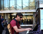 Play me Pianos