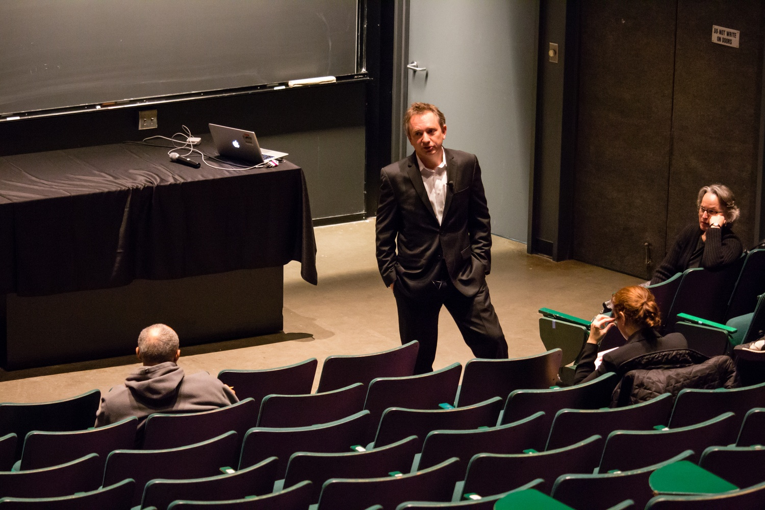 Harvard Law School professor David J. Barron '89, chair of the electronic communications policy task force, discusses challenges surrounding Harvard's current electronic communications policy at an open forum in the Science Center on Wednesday.