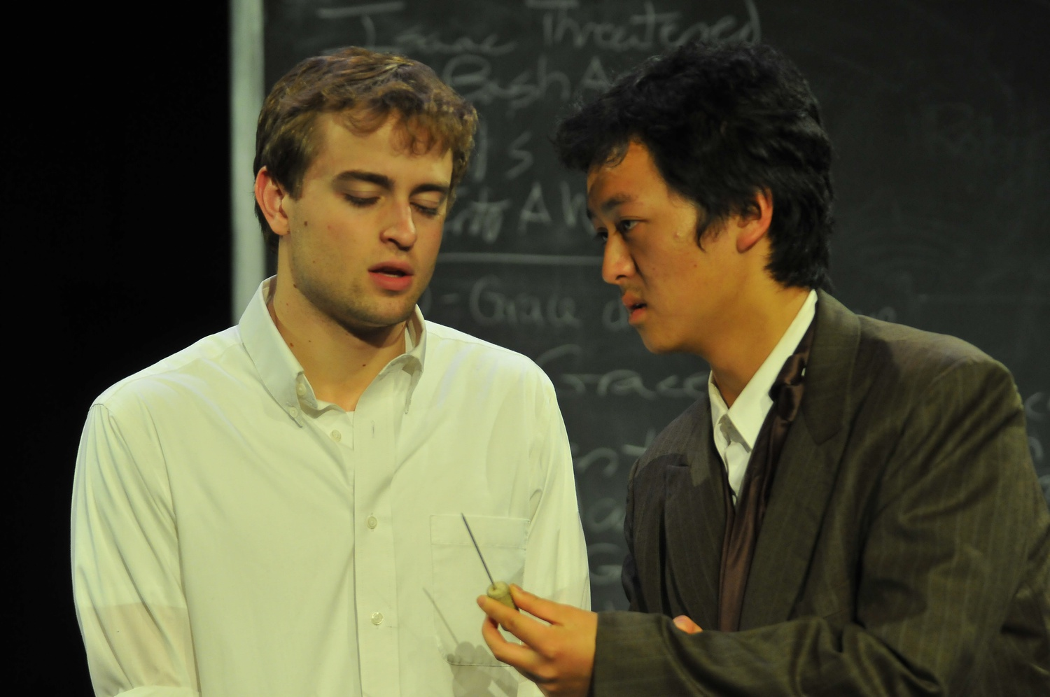 Robert Hooke convinces Isaac Newton to stick a needle in his eye. The play, featuring the two famous historical figures in a fictional setting, took place in Adams Pool Theater.