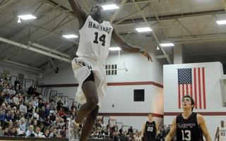 Sports - Basketball - 14 - Steve Moundou-Missi