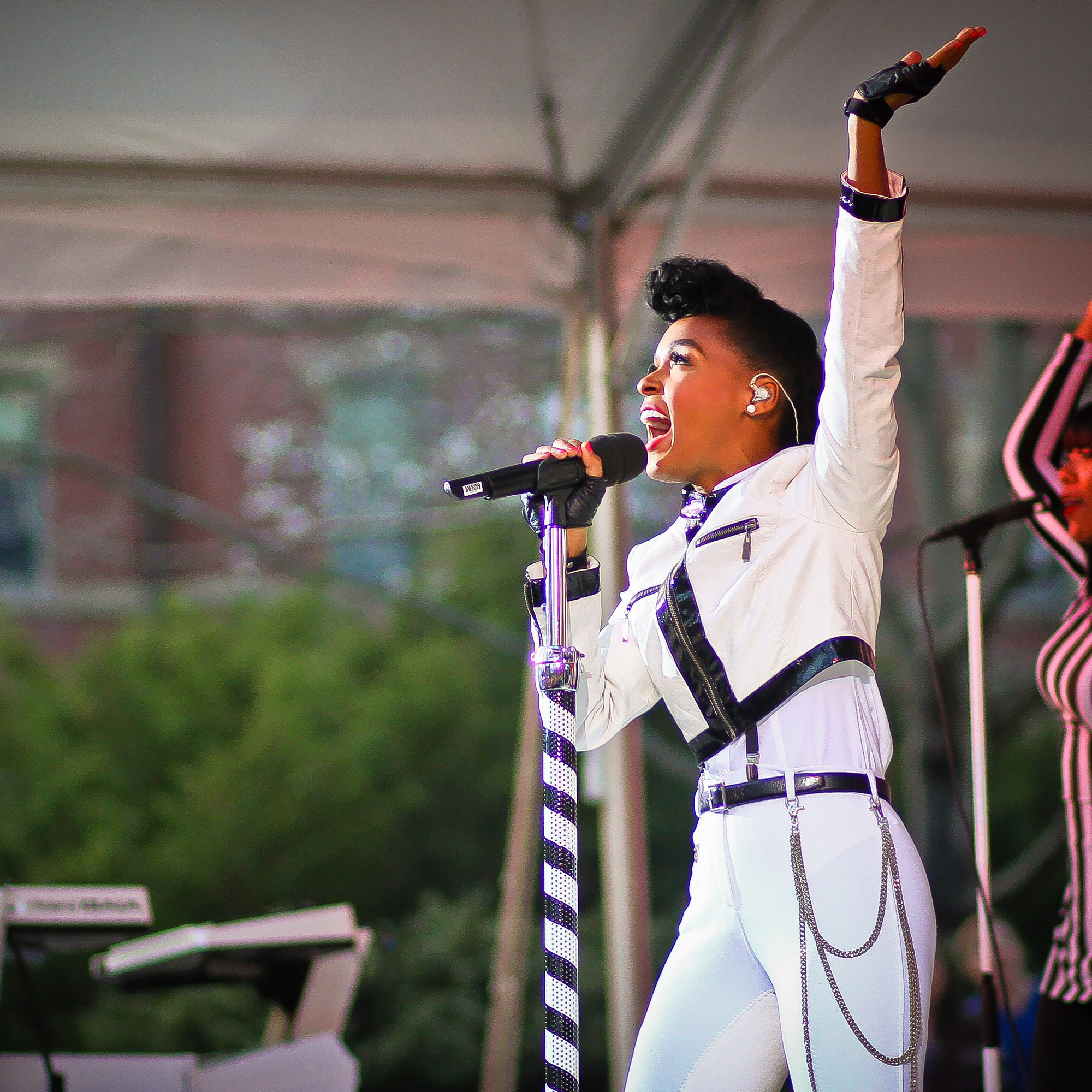 """Janelle Monae performs """"Dance Apocalyptic"""" from her 2013 Electric Lady album at Yardfest, the College's annual spring concert held in Tercentenary Theater on Sunday evening."""