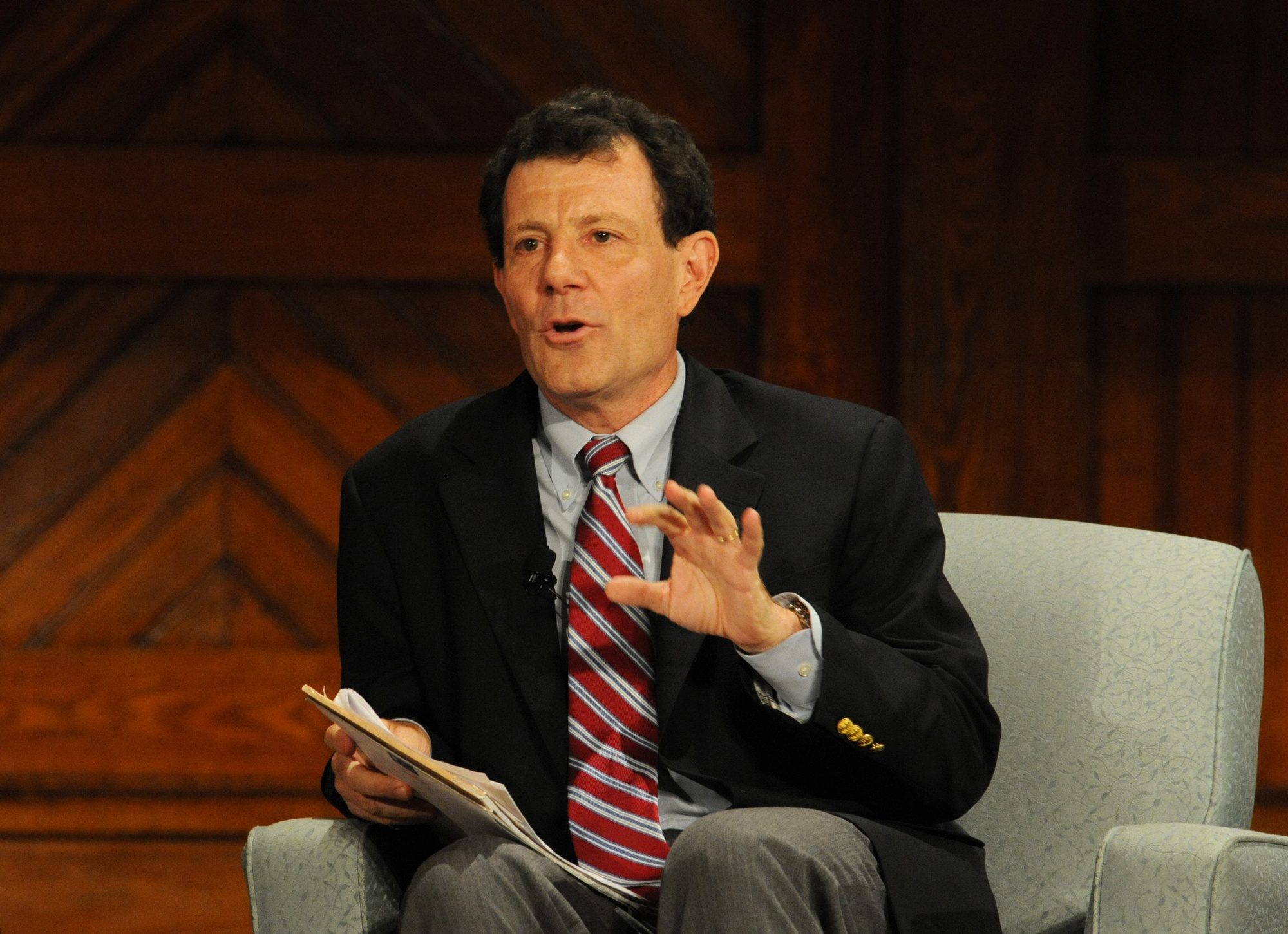 New York Times columnist and Harvard overseer Nicholas D. Kristof '81 questions University President Drew Gilpin Faust about divestment, the hierarchy of higher education, racial diversity, and a number of other pressing issues on Tuesday.