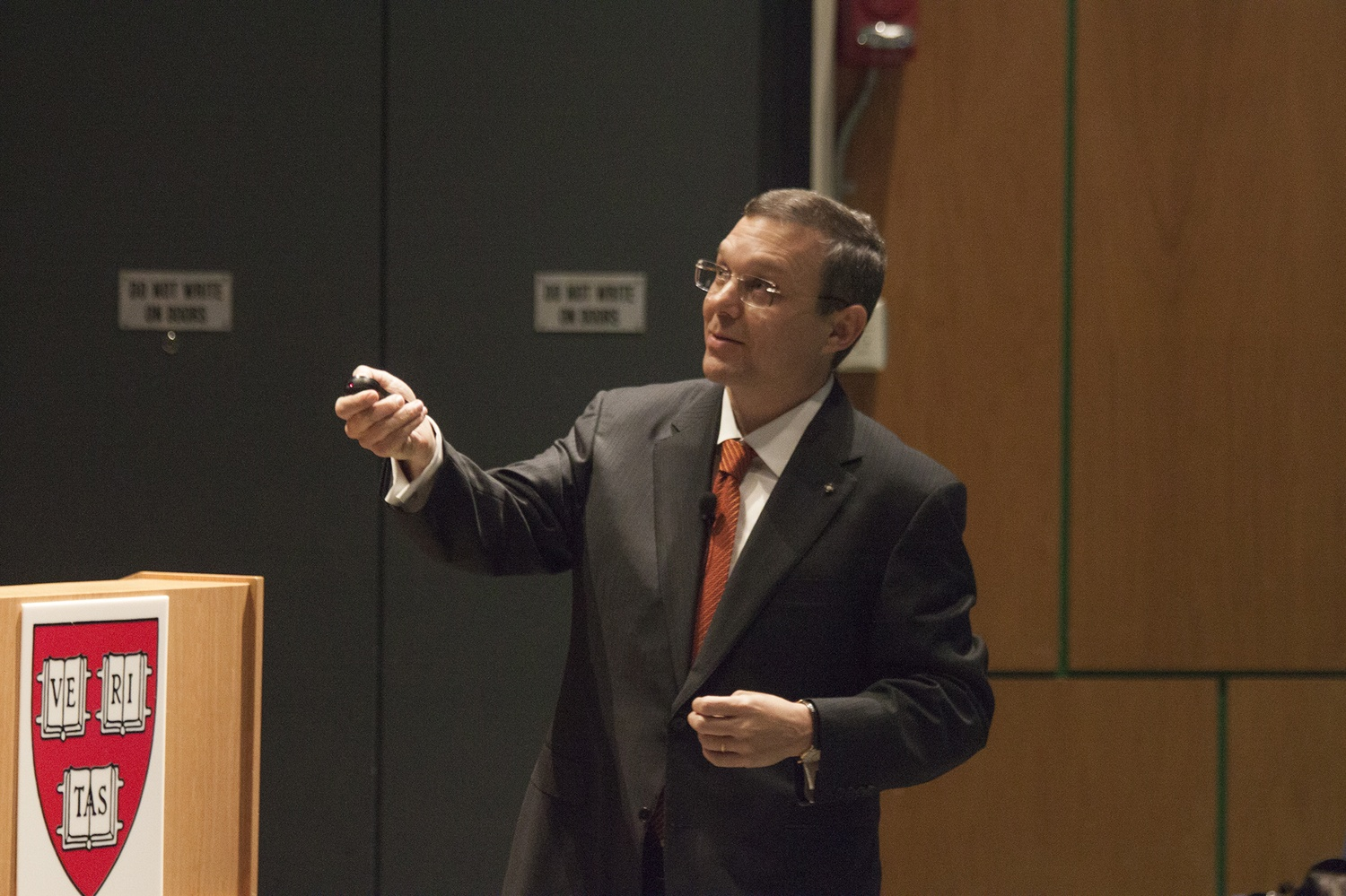 Dr. Abraham A. Loeb, the chair of the Harvard Astronomy department, describes the possibility of discovering extraterrestrial life on Tuesday evening in the Science Center.
