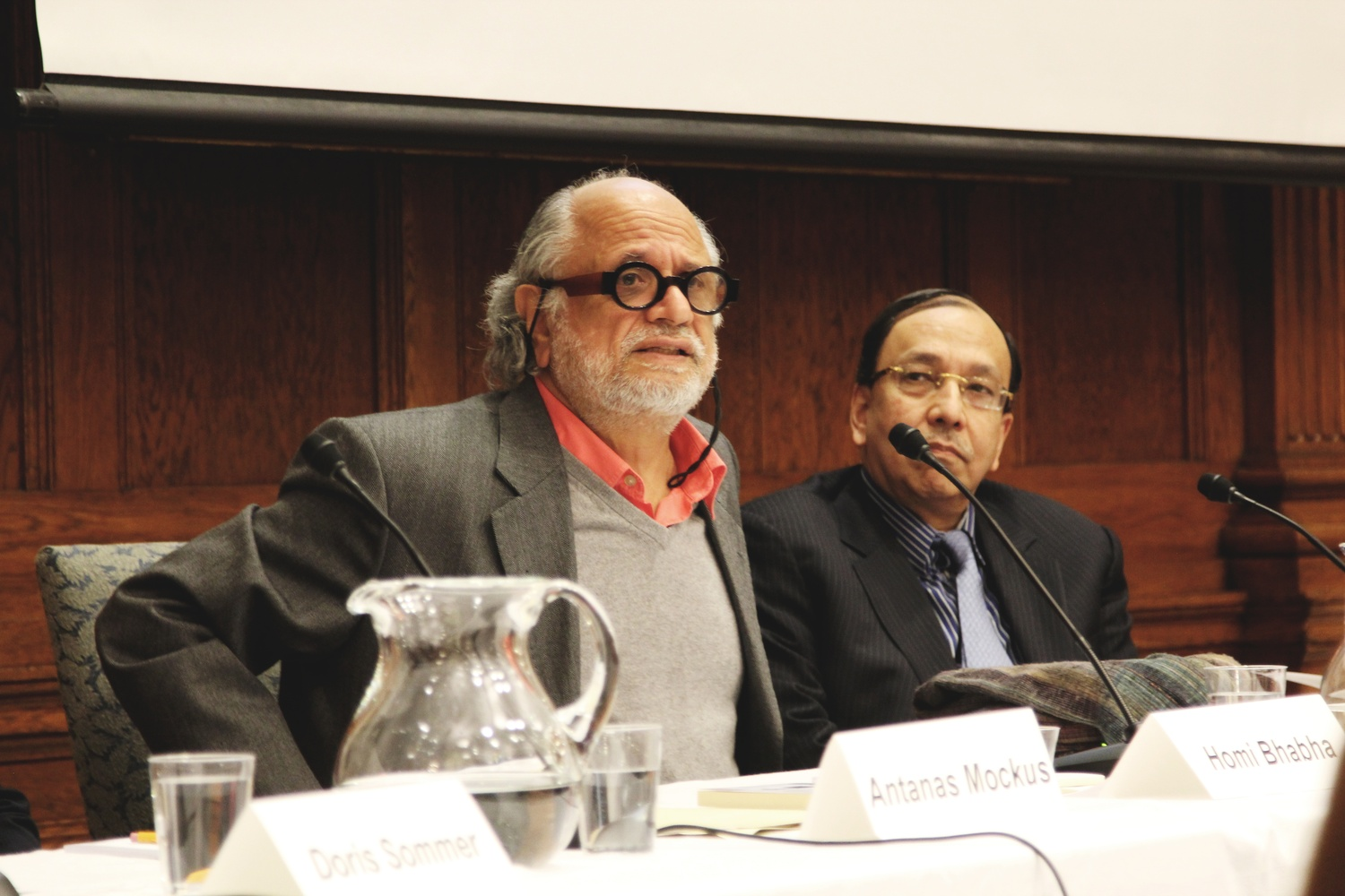 On Monday evening at the Barker Center Room 110, Homi Bhabha, the Director of the Mahindra  Humanities Center, moderates the discussion on social change.