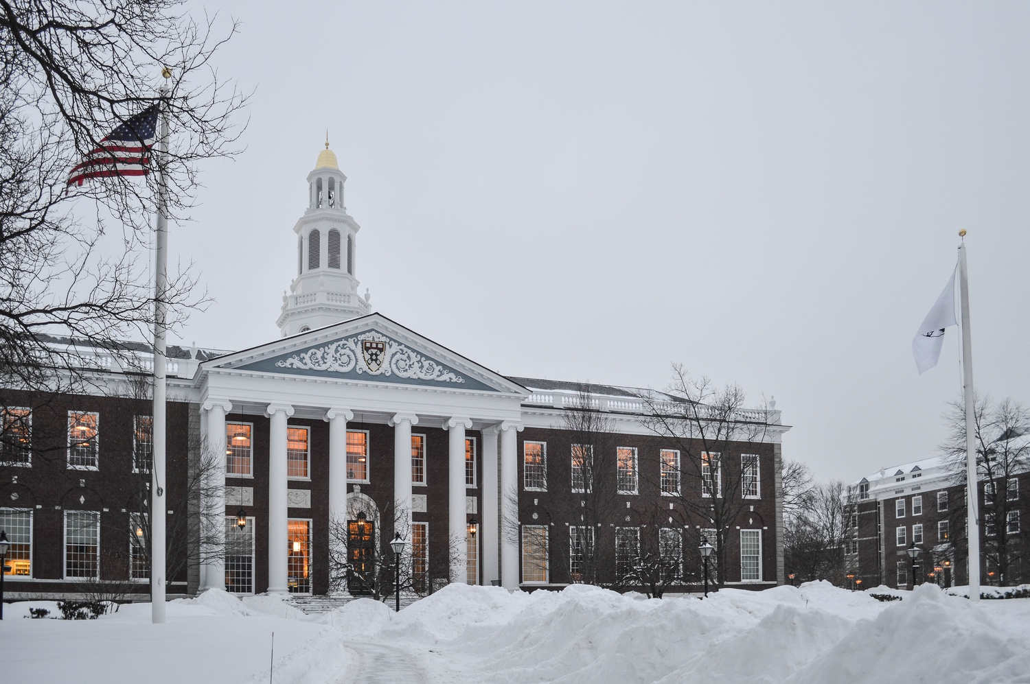 Harvard Business School earns an incomplete in ethics   The Boston     The Harvard Crimson