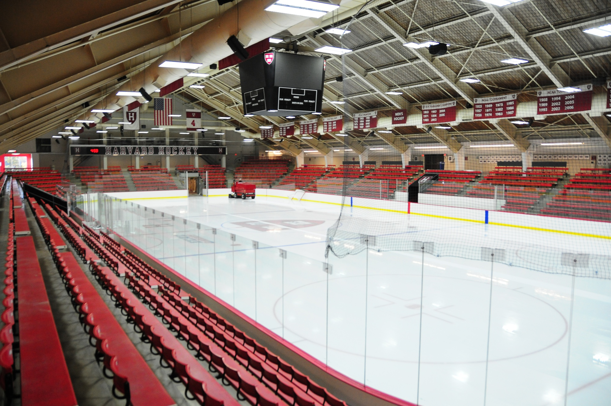 The No. 14/13 men's hockey team has experienced a revival this season, but the student fan base has not.
