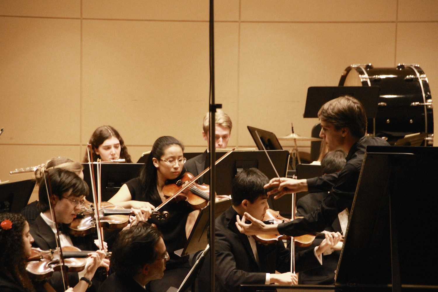 Sasha G. Scolnik-Brower '17 (far right) conducts the Bach Society Orchestra.