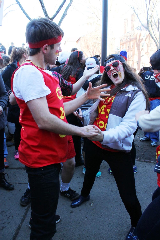 Housing Day Dancing Queens
