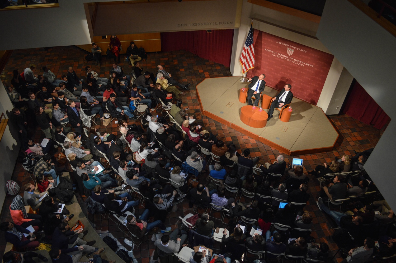 Speaking about economic trends in recent years and fielding questions from the crowd, Lawrence H. Summers and Jason Furman attracted a crowd that fills the seats at the Institute of Politics Monday evening.