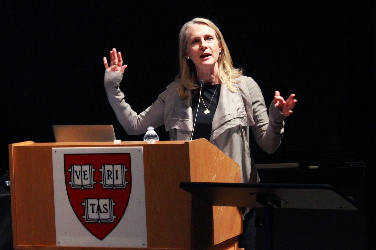 Piper Kerman, author of the popular book Orange is the New Black, speaks at the Science Center after receiving the Humanist Heroine of the Year Award. She talked about the difficulties marginalized men and women face in prisons and after they are released.