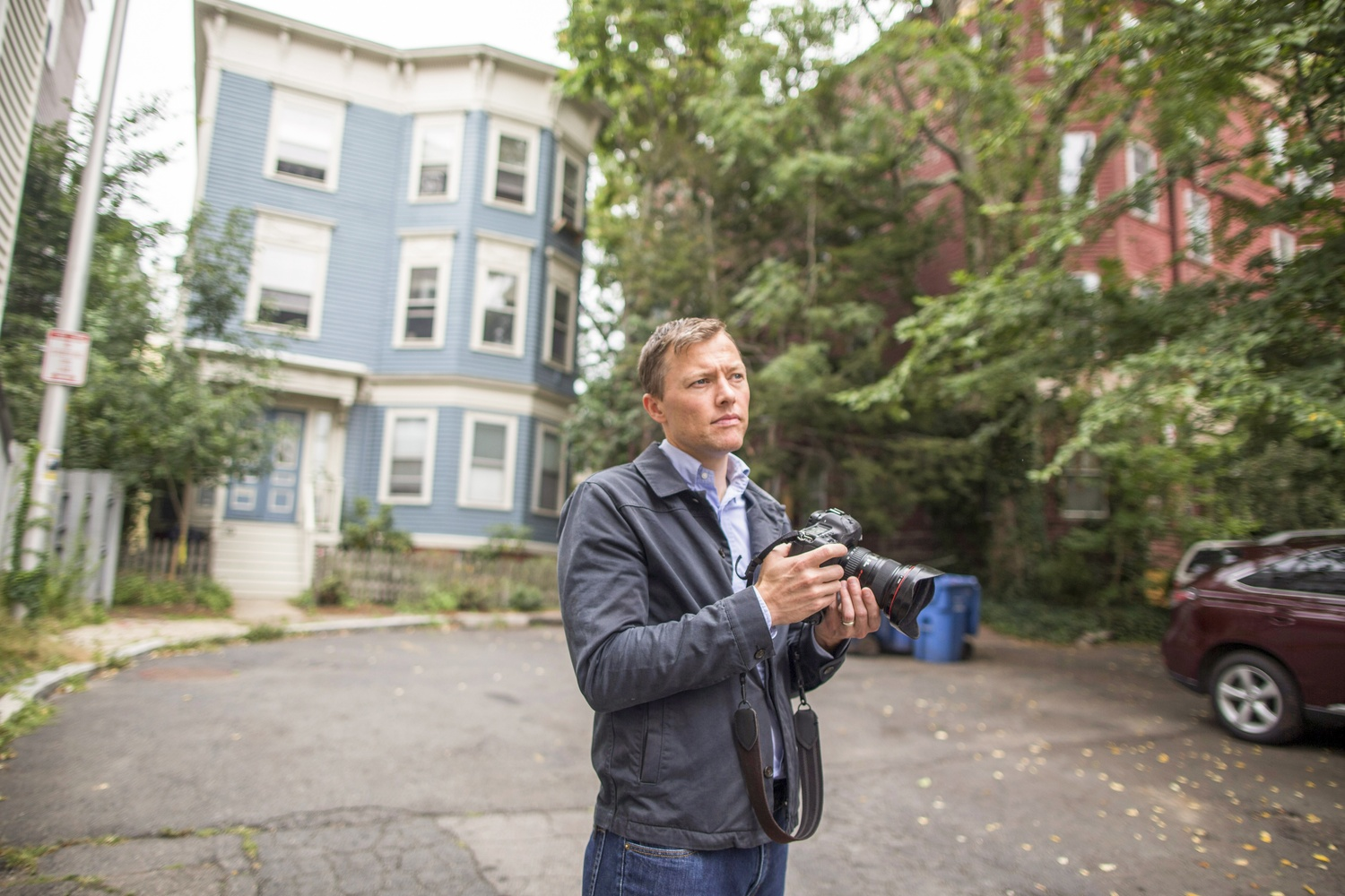 "Associate professor of sociology and social studies Matthew S. Desmond recently won a MacArthur ""Genius"" Grant. As an ethnographer and social scientist, he studies the connections between poverty and eviction."