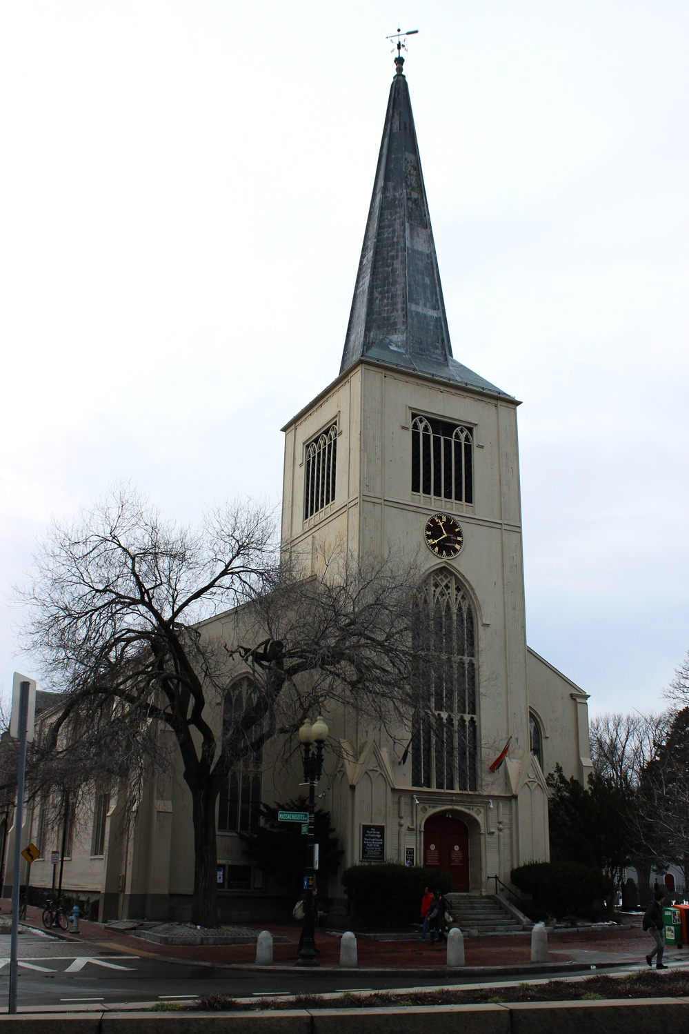 Y2Y Harvard Square, a group established to help reduce homelessness of young adults, is located in the First Parish Church in Harvard Square.