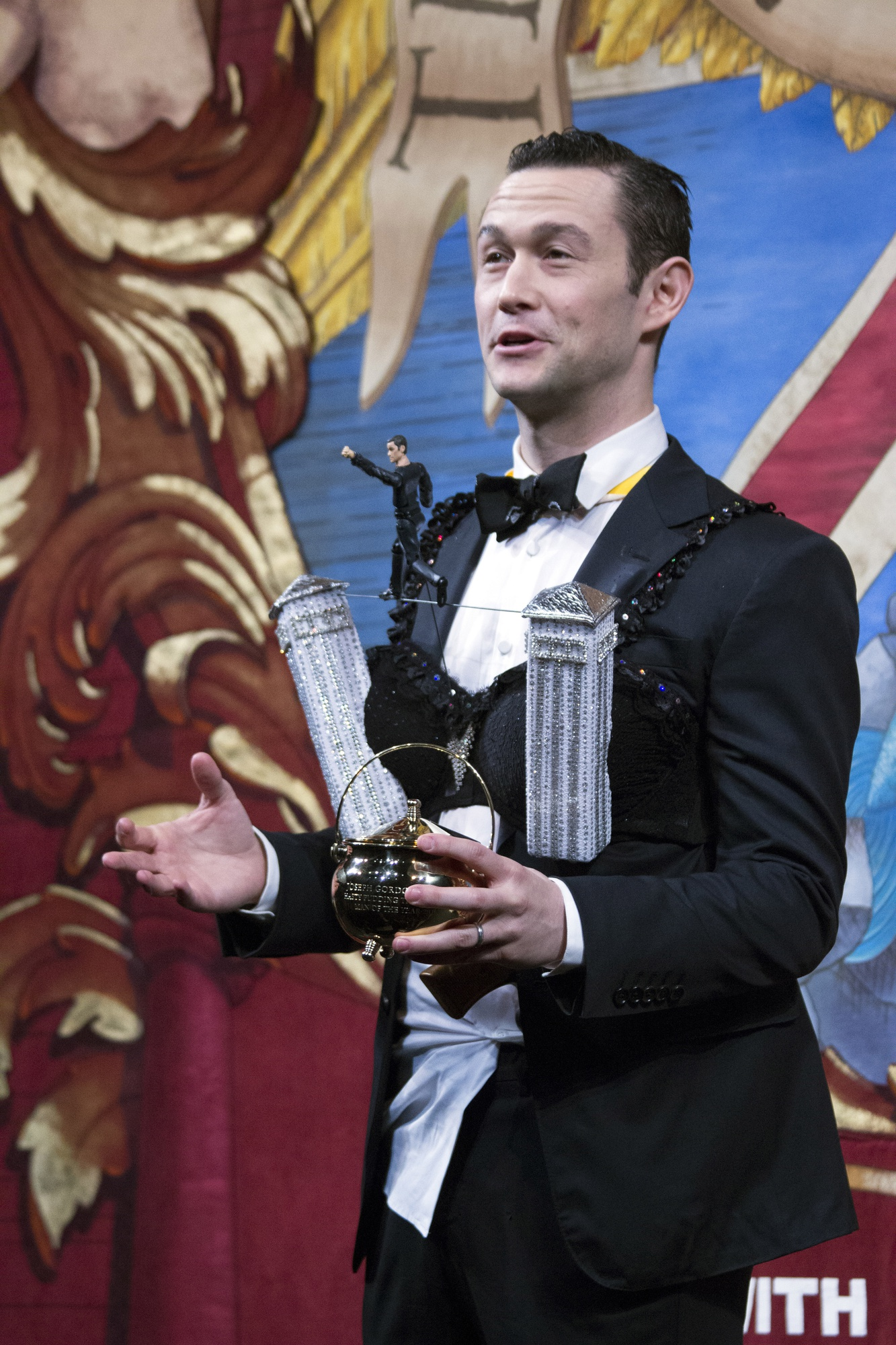 After receiving the fiftieth Man of the Year award from the Hasty Pudding Theatricals Friday night, actor Joseph Gordon-Levitt offers optimistic closing remarks about the character of Ivy League undergraduates.