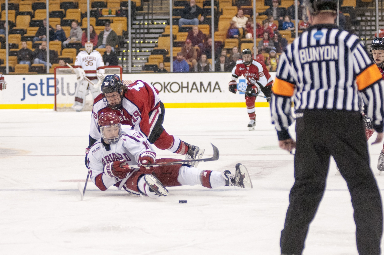 Husky Defense At Beanpot