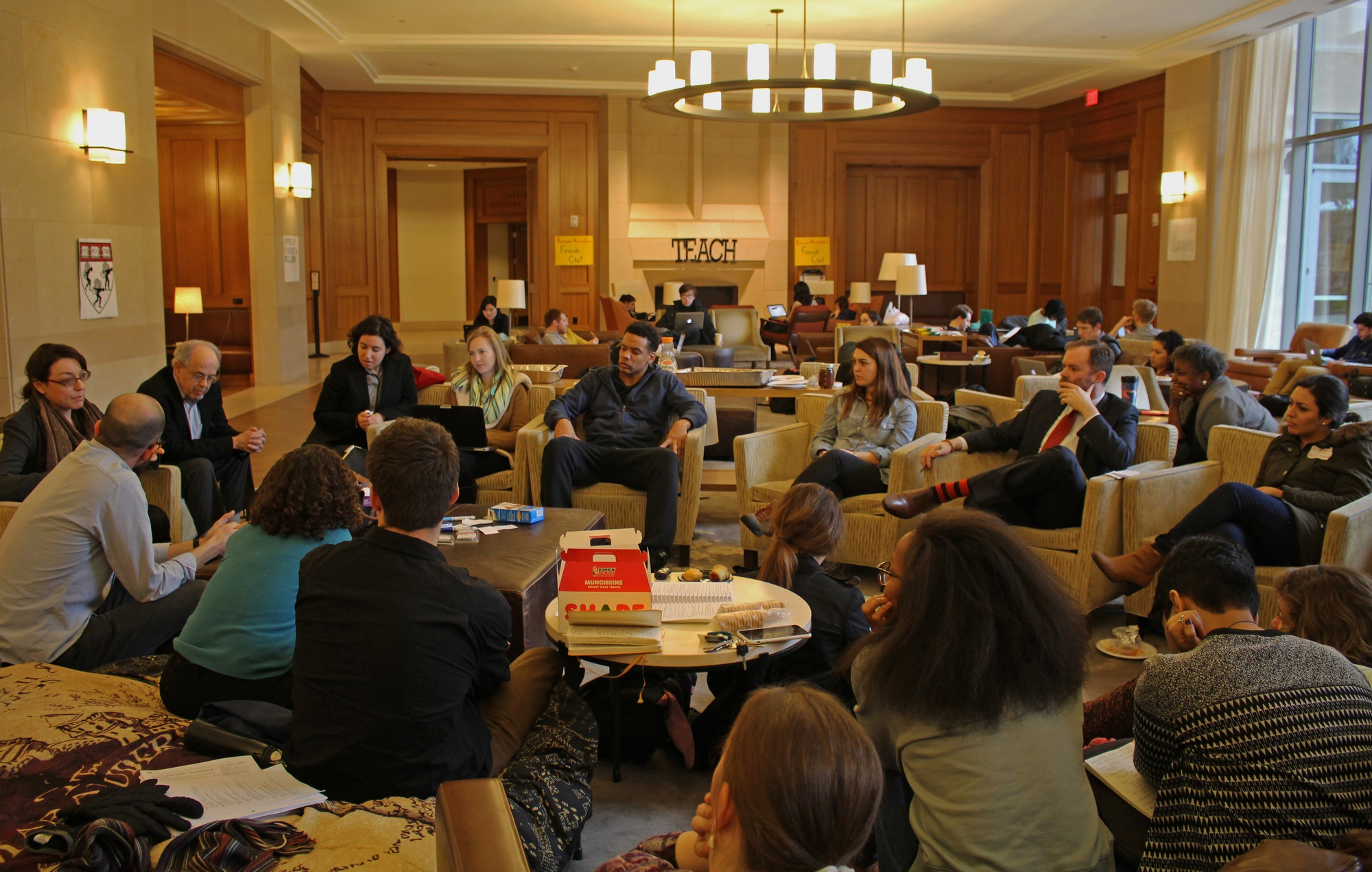 """Clinical professors held a workshop with students about contextualizing the law school curriculum on Tuesday afternoon in the Caspersen Student Center as part of """"Reclaim Harvard Law."""""""