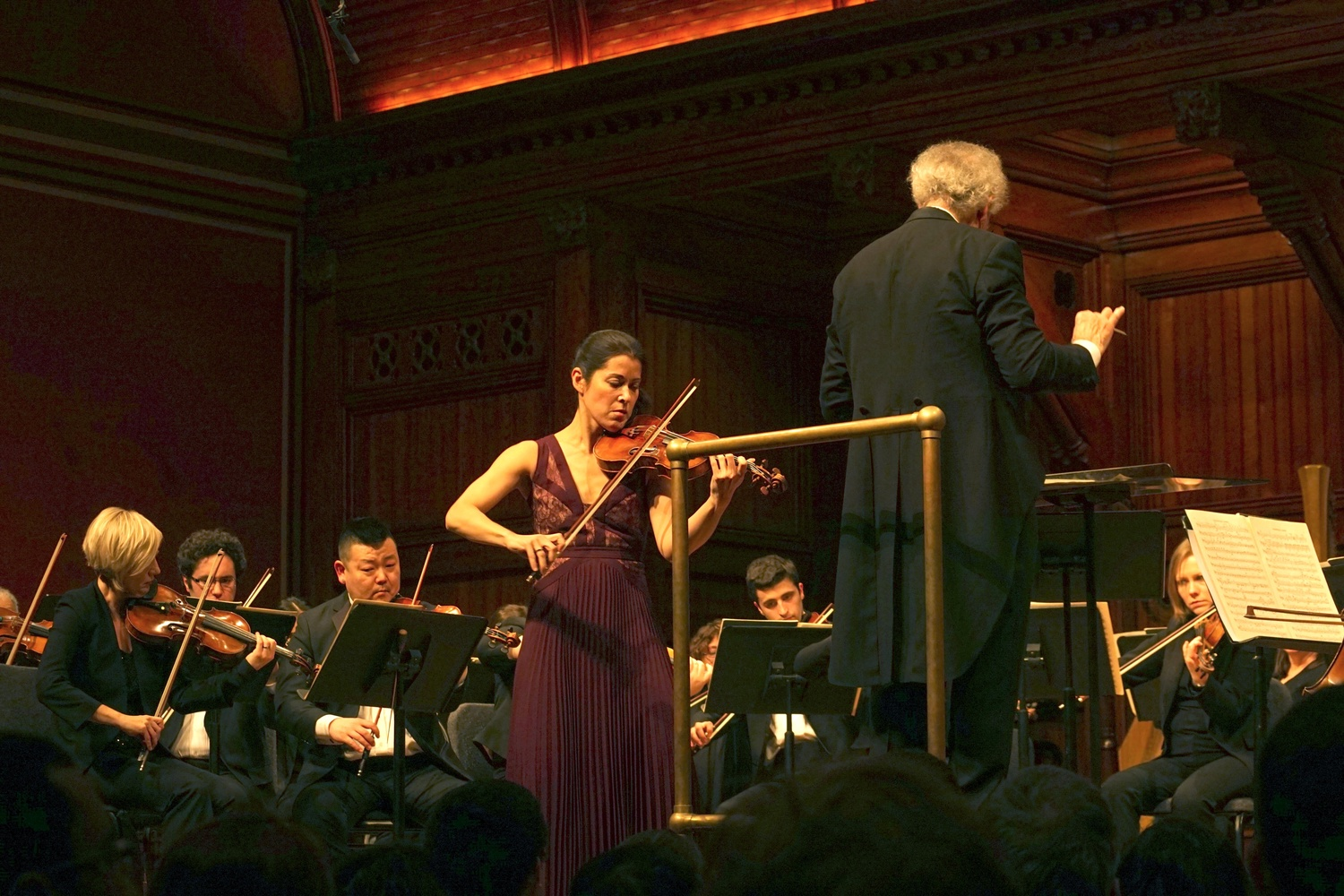 Benjamin Zander conducted the Boston Philharmonic Orchestra in a program with violinist Jennifer Frautschi in Sanders Theatre on Thursday evening.