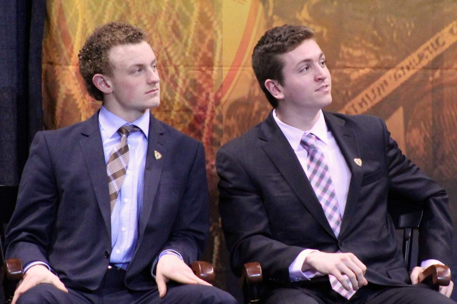In 2015, Jimmy Vesey (right) finished as a runner-up for the Hobey Baker Award, which was given to then-BU freshman Jack Eichel (left).