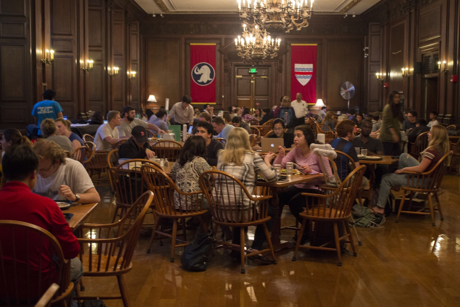 Just days before a proposed strike by Harvard University Dining workers, Eliot House residents dine on dessert. Harvard is stockpiling frozen foods in its dining halls ahead of a potential strike by Harvard's dining services workers, according to workers stationed across the College's dining halls.