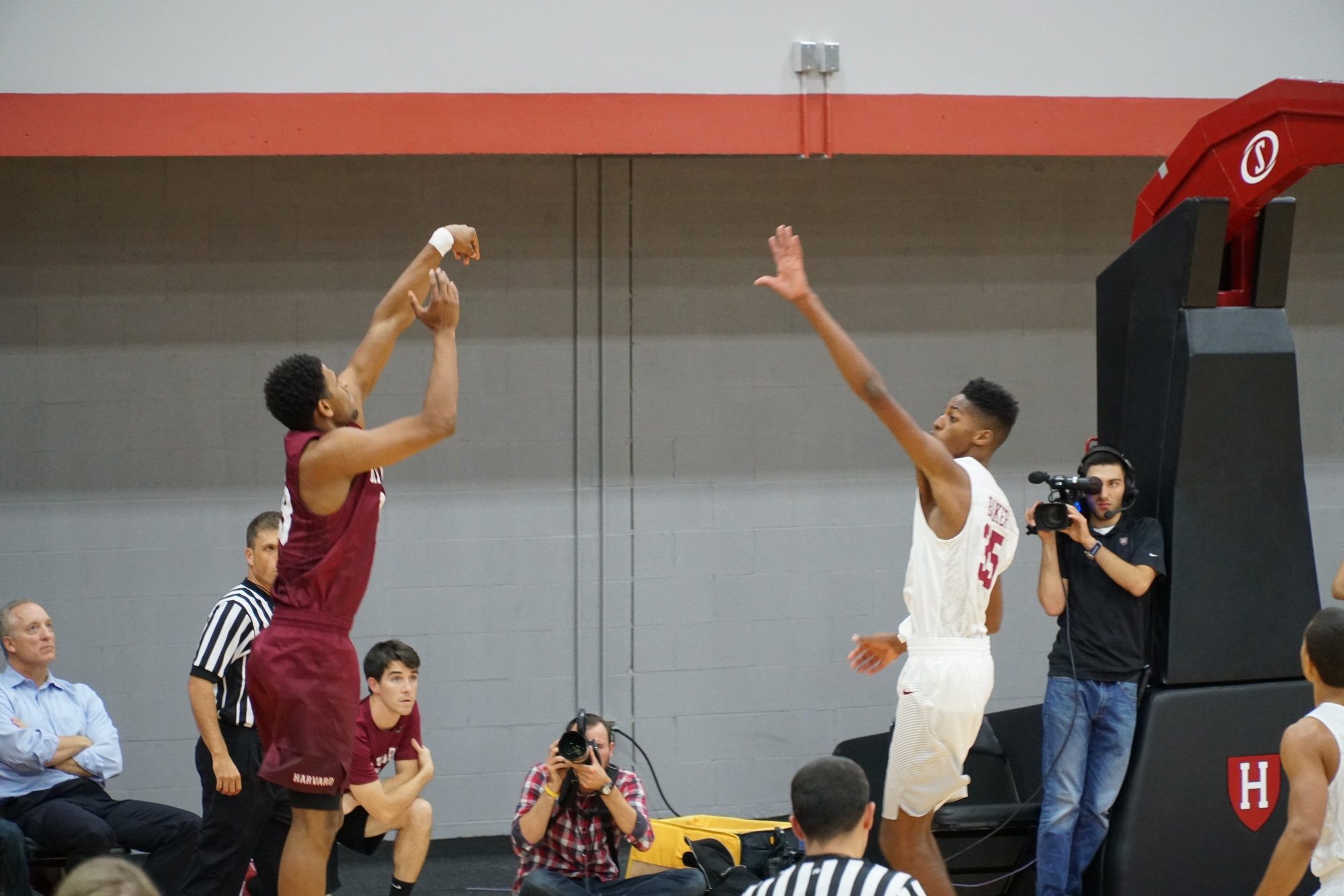 Sophomore Weisner Perez figures to battle for playing time in a deep wing position.