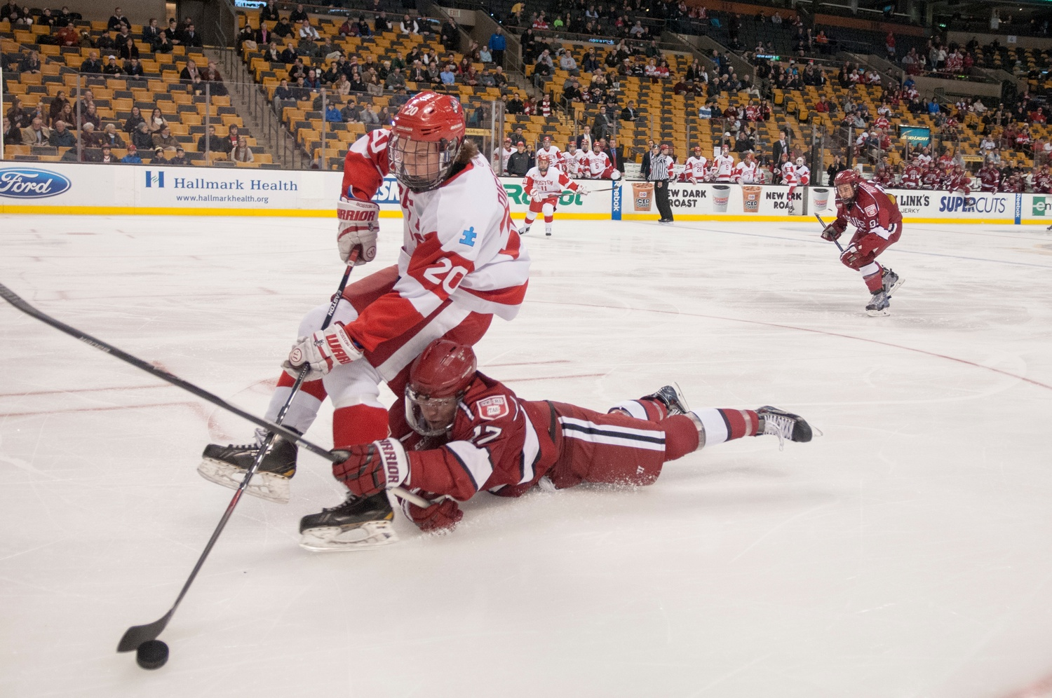 M Hockey Aims To Channel Its Agganis Magic Against No 7 Bu