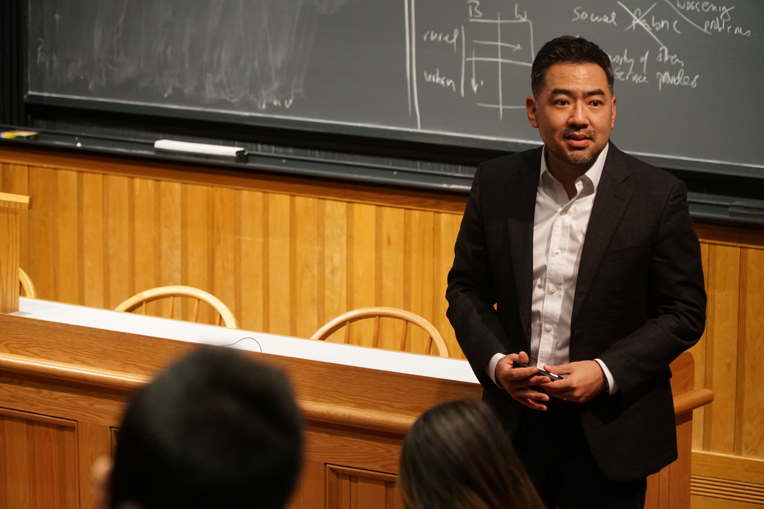 Paul Y. Chang, Assistant Professor of Sociology at Harvard University gave a lecture about the history of Korean democracy, with a discussion on the recent South Korean presidential scandal.