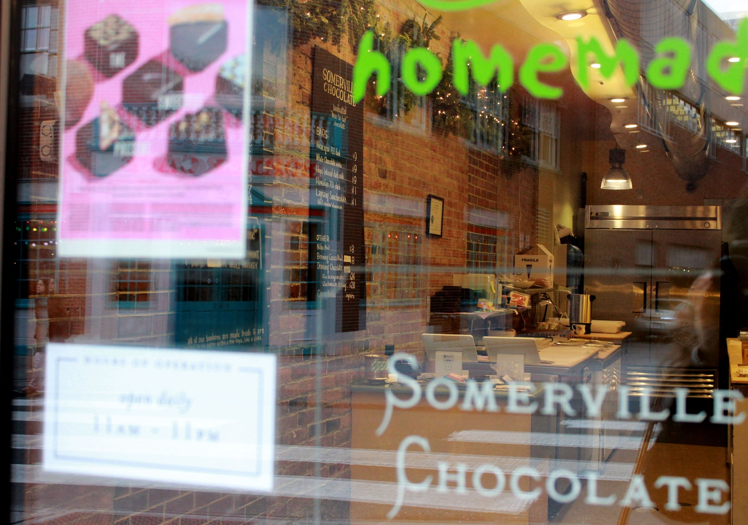 Pop-Up Chocolate Shop