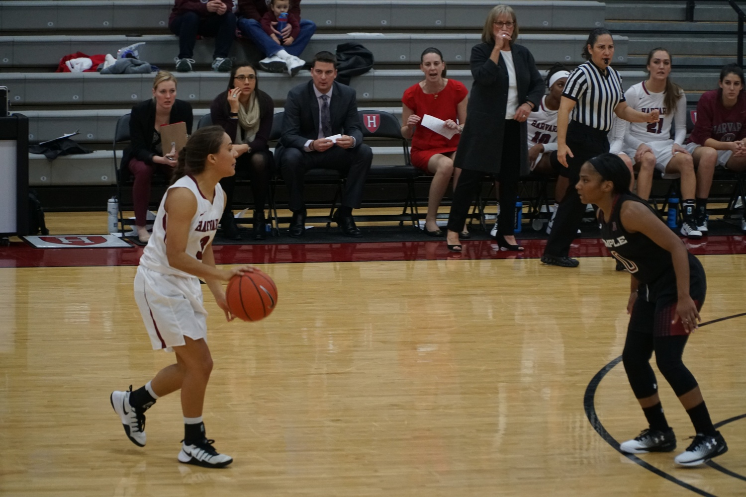 Freshman guard Katie Benzan (3), shown in action earlier this season, had a team-leading 16 points and seven assists against UNC Asheville.