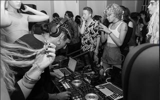 Martinez DJ