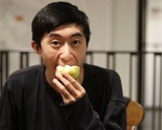 Dennis Zhang Eating Apple