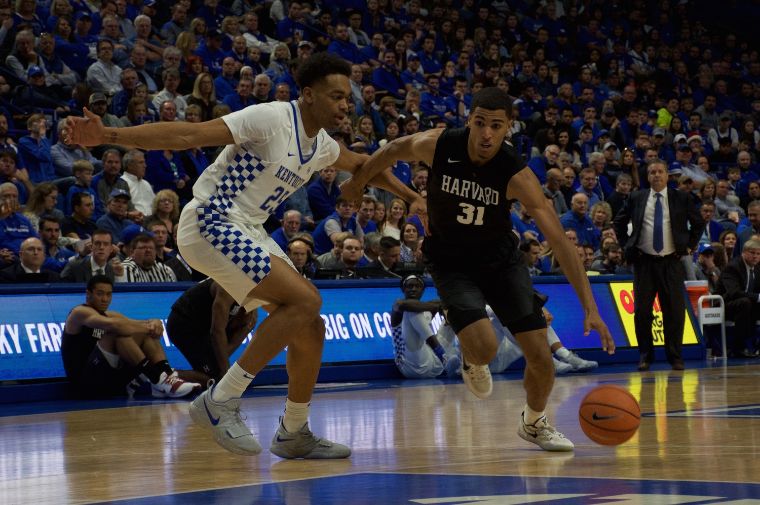 Second Half Surge Pushes No. 7 Kentucky Past Men\'s Basketball, 79-70 ...